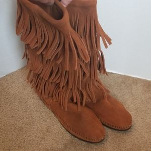 Minnetonka Tree Layers boots